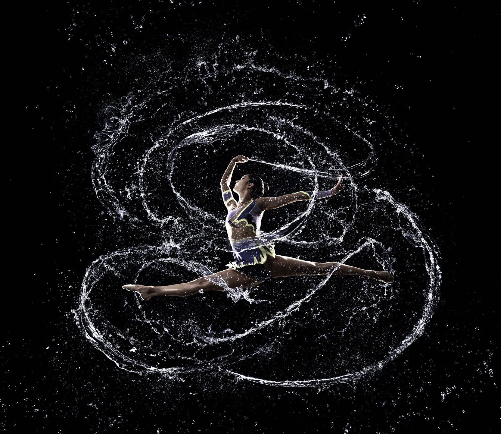 Iain Crawford Sport gymnast dancer acrobat water spray